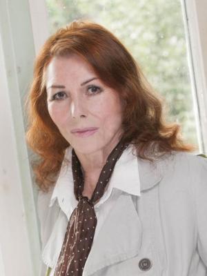 Julie Bevan 12