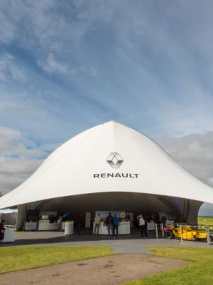 On tour with Renault · By: Paul Eddom
