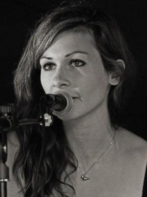 Zoe Phillips
