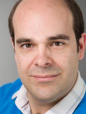 Giles Stoakley