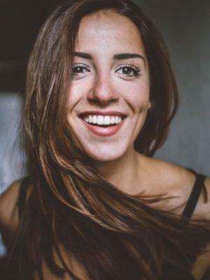2016 Smile · By: Noemie Kadaner