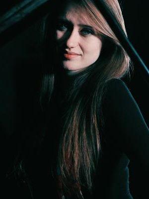 Charlotte Raven