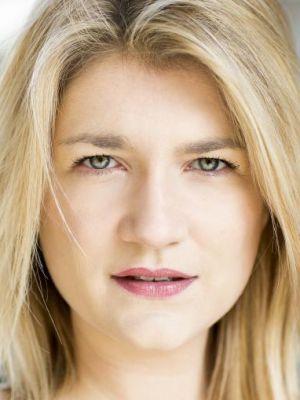 Eleanor Cox