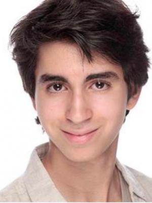 Dariush Asadi