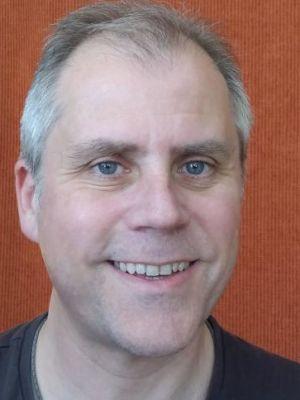 Paul Gallantry colour head shot