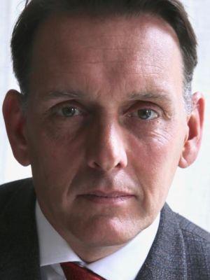 Sam Halpenny Headshot