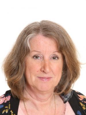 Nicola Earl
