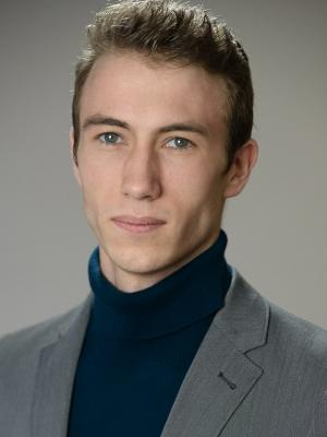 Alex Winn Headshot