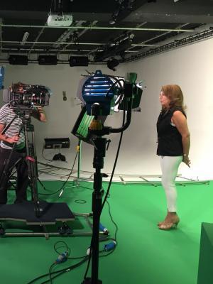 2016 Stefan Otto shooting studio scenes for Channel 5 · By: Darren Lilley