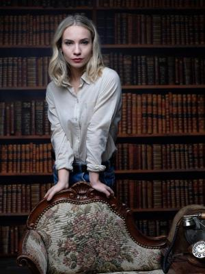 Fashion and Books- untouched