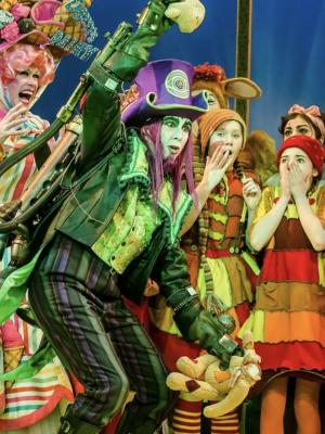 2018 Panto Salisbury Playhouse · By: Richard Davenport