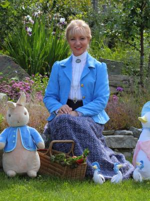 2015 Michelle Todd as Beatrix Potter · By: Will Schmidt