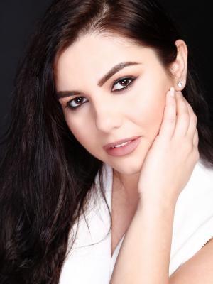 Adina Darie