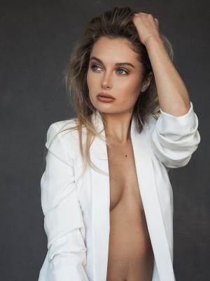 2018 Model shot · By: Ian Lim