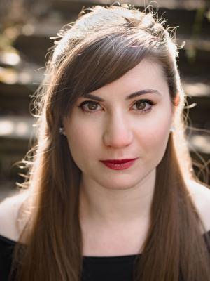 2018 Eve Kathryn Oliver · By: Ian Yarwood