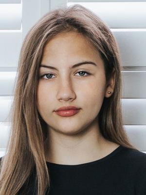 Olivia Loades
