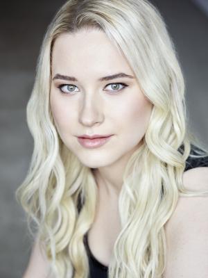 Julia Isabella