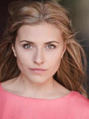 Emma Kniebe