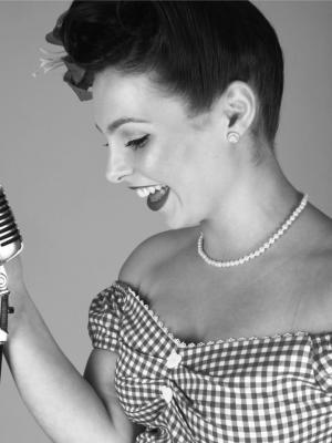 Hannah Willingale, Singer