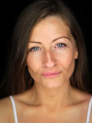 Louise Dearden
