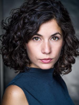 Elena Larios