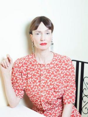2018 Wallis Simpson · By: Maria Strappe