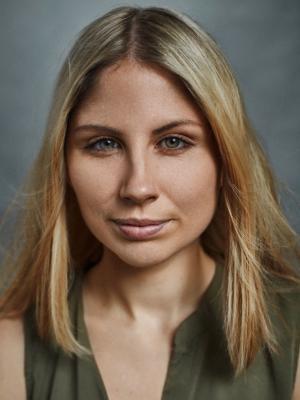Alexandra Brett