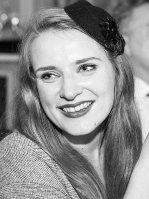Madeleine Edis