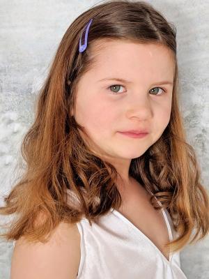 Elodie Holmes, Child Actor