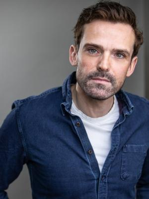 2019 Paul Downey · By: The Headshot Box