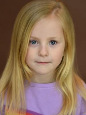 Scarlet Webb