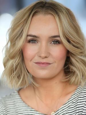 Olivia Calvert