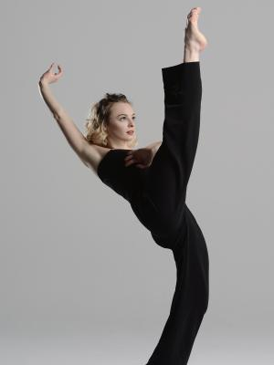 Alice Regnouf, Dancer