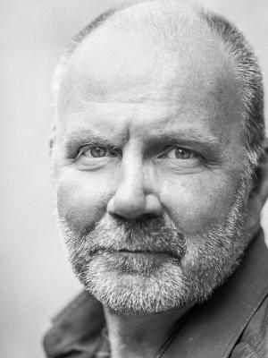 2018 Richard Vergette · By: Tom Bootyman