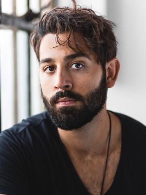 Dramatic Bearded Headshot · By: Headshots by Andrew (Andrew Johnston)