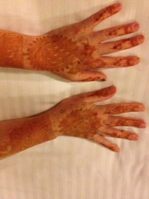 2015 Henna Hands · By: John Kessels