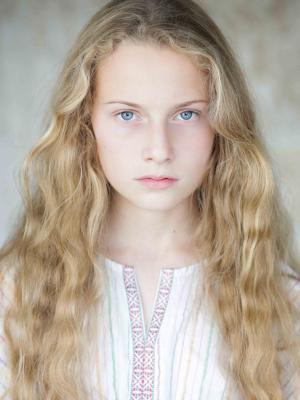 Isabella Djuve-Wood