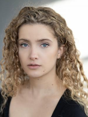 Chloe Tannenbaum