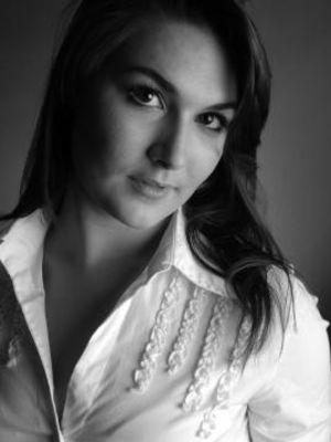 Alexandra Hartfield