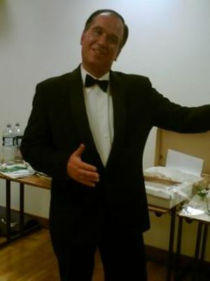 2006 Master of Ceremonies · By: phone pic