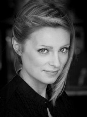 Sarah Crackles