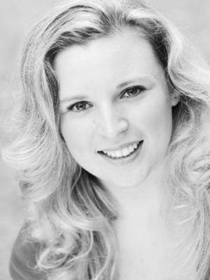 Laura Blundall