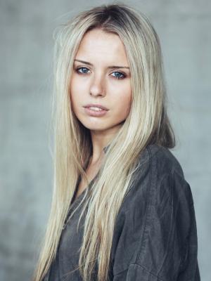 Heather Ewart