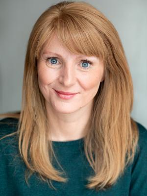 2019 Joanne Dakin · By: Kate McDonald