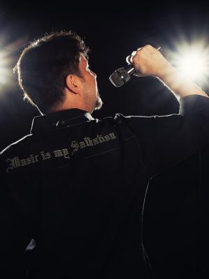 Doug MacDougall, KARAOKE Singer · By: Rita Zietsma