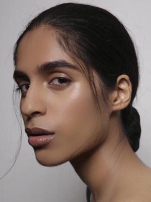 2019 Beauty Shot · By: Aofm
