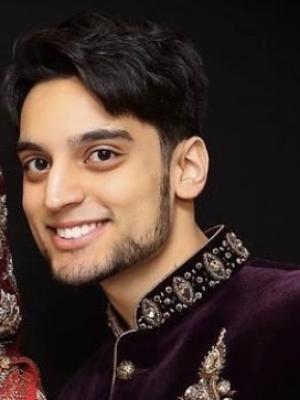 Ash Khan