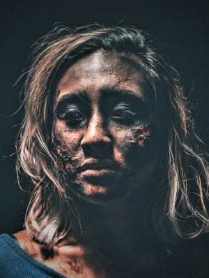 2019 Online: Navrtar - Halloween Promo · By: Jason Tamou
