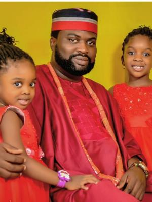 2019 With Daughters - Tammy and Timmy · By: Akin Rotimi Studios