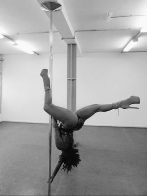 2019 Pole fitness · By: LJ Visions